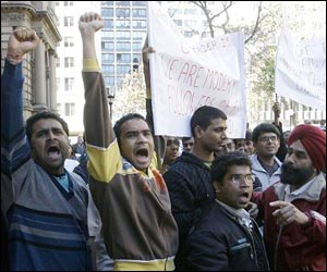 M_Id_86223_Indians_protest